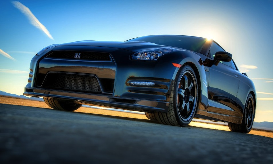 2014 Nissan GT-R Track Edition 01