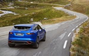 Jaguar CX17 Concept 09
